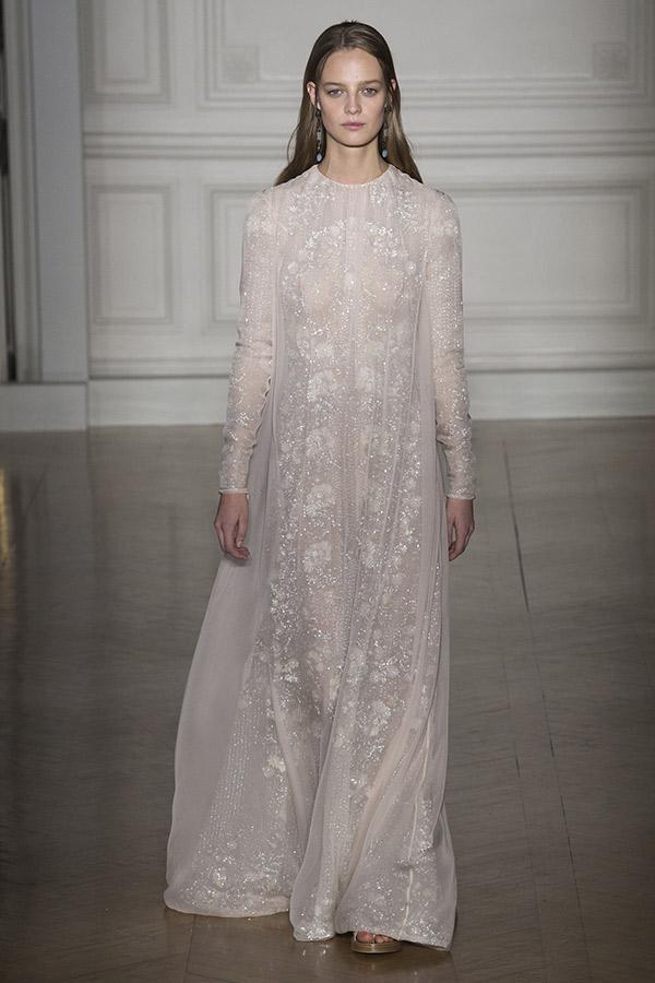 Moda Alta Costura francesa Primavera 2017 noivas minimalista