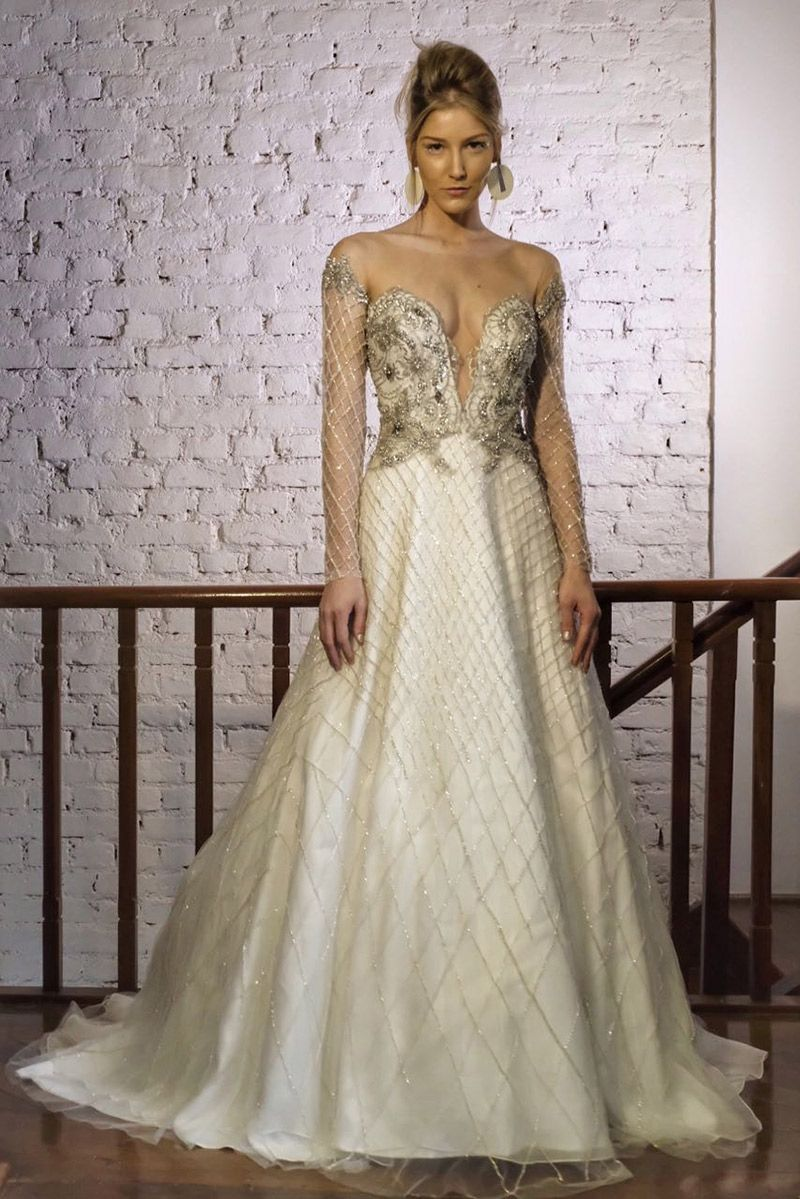 Noiva vestido Inauguração Carol Hungria vestido off white