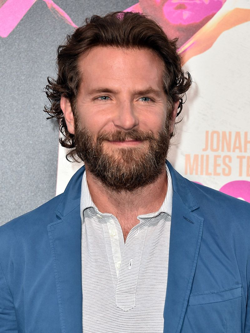 Barba do noivo Bradley Cooper
