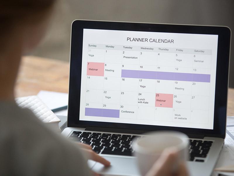 Como usar seu tempo para organizar o casamento