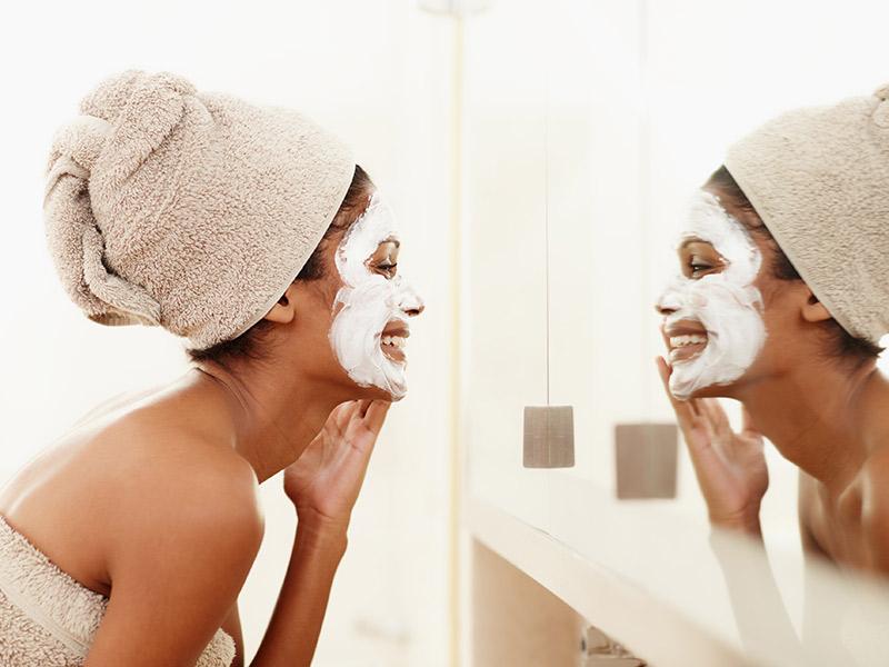 Coisas para fazer no dia anterior ao casamento máscara facial