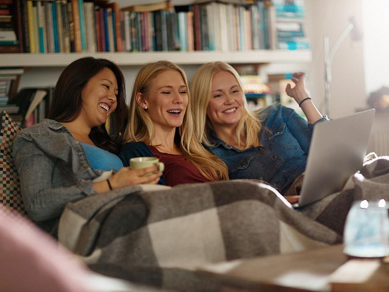 Filmes de casamento no Netflix para ver com as madrinhas