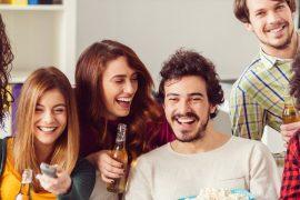 Filmes de casamento para assistir com os padrinhos