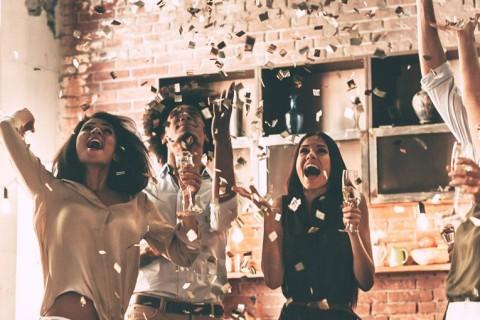 Ideias de celebração com os padrinhos na véspera de casamento