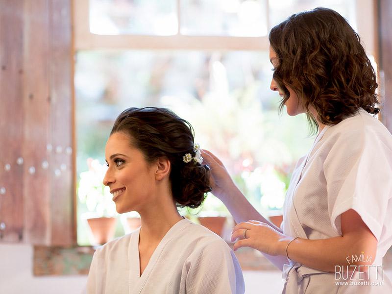 Ideias românticas para as fotos do making off da noiva maquiagem