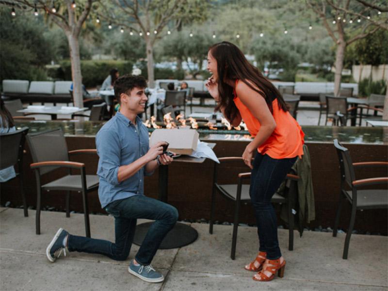 Lugares românticos para fazer o pedido de casamento restaurante