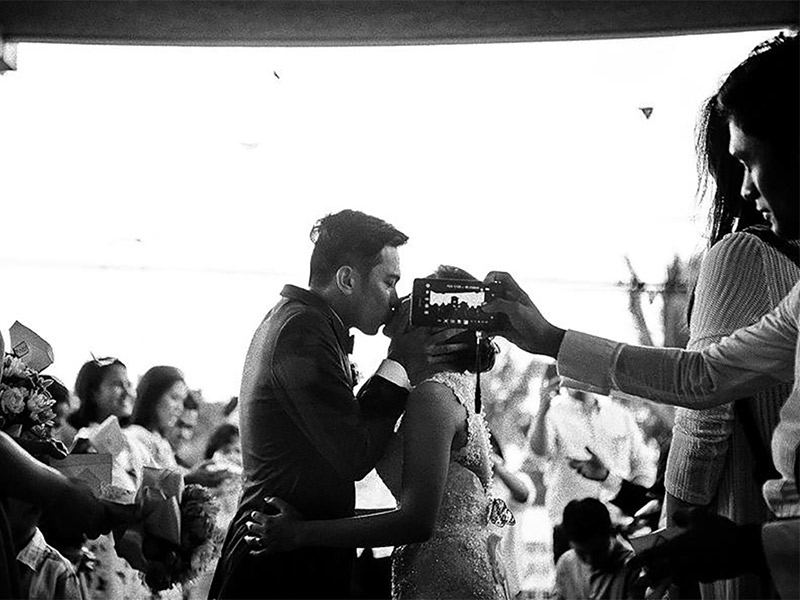 Coisas que os convidados não devem fazer no casamento foto