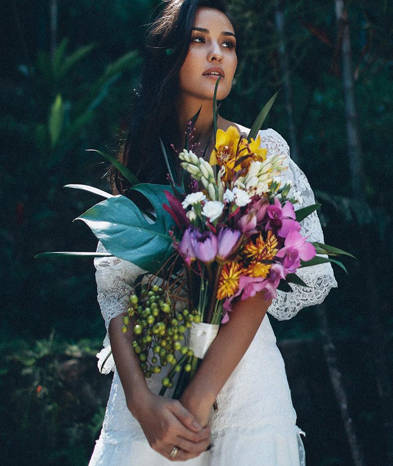 Julia Parker lança coleção de vestidos de noiva Pret à Porter