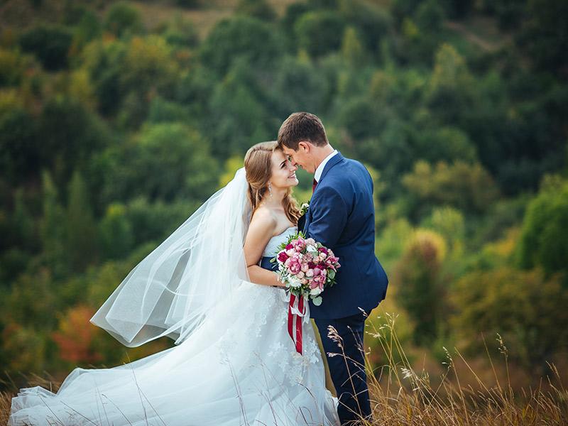 Contrato de vídeo de casamento deslocamento