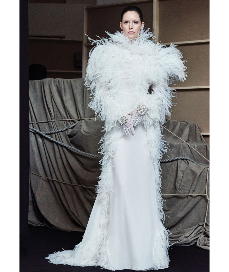 Desfile Alta Costura de Paris para o Outono Inverno 2017 plumas
