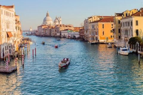 Ilhas Gregas Canal em Veneza