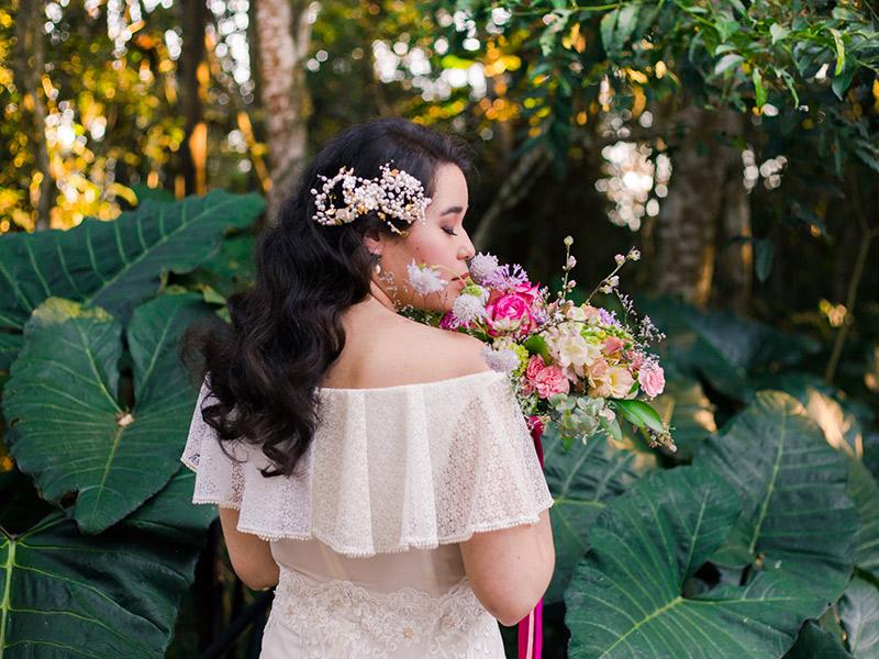 Ensaio das Flores noiva com buquê