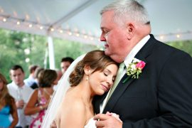 Fotos emocionantes dos pais no dia do casamento