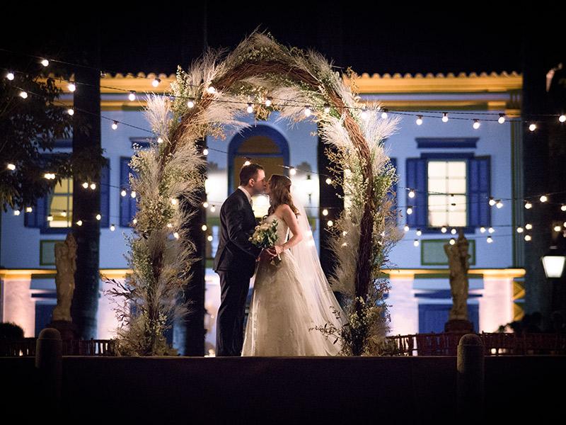 O que vestir no ensaio fotográfico pré-wedding iluminação
