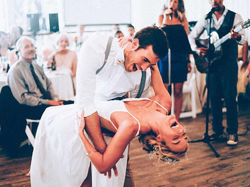 Dança de casamento casal dançando na festa