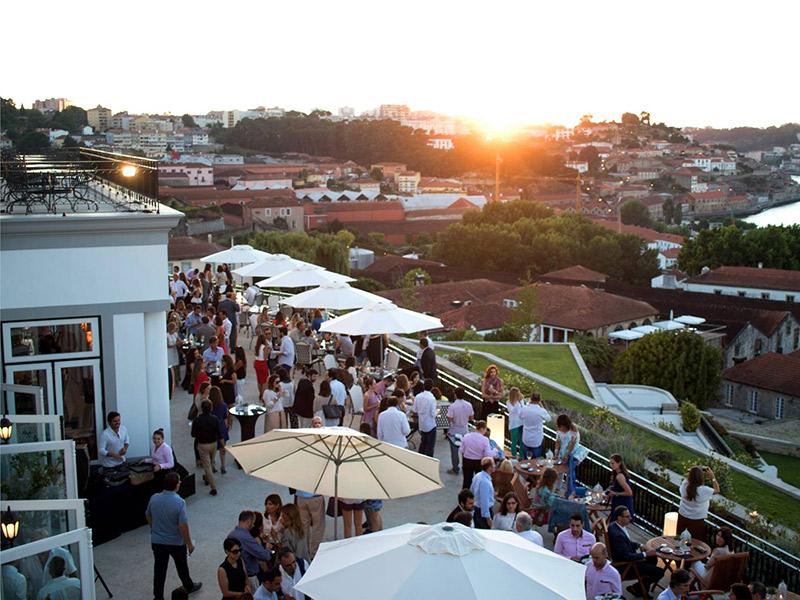 Lua de mel em Portugal terraço hotel The Yeatman