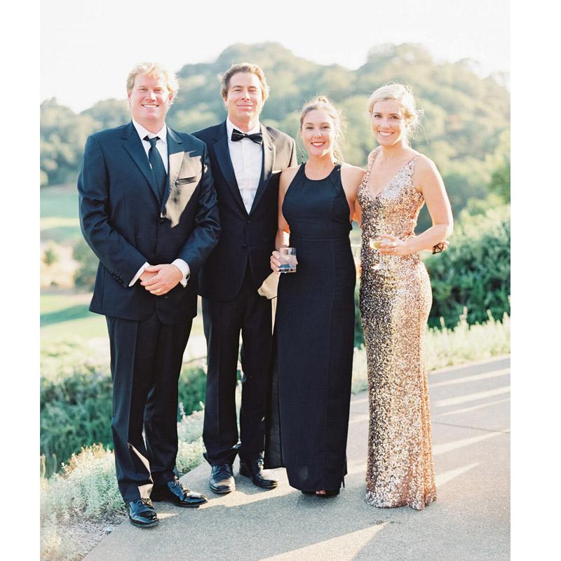 Trajes de casamento convidados usando roupas sociais