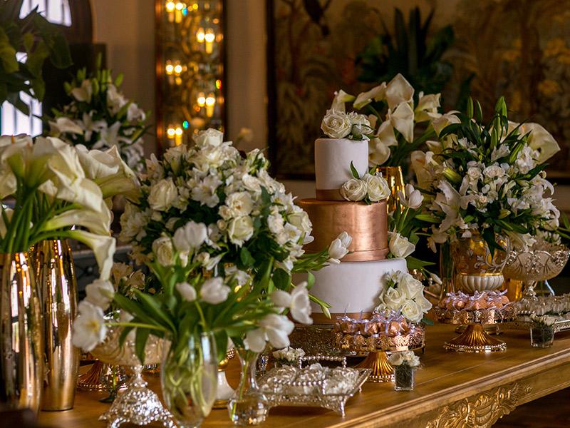 Casamento ao ar livre de Ana e Tassir bolo e doces