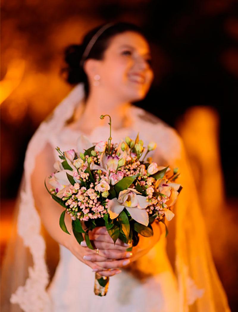 casamento no campo buquê da noiva
