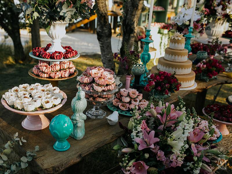 Doce de casamento como decorar a mesa