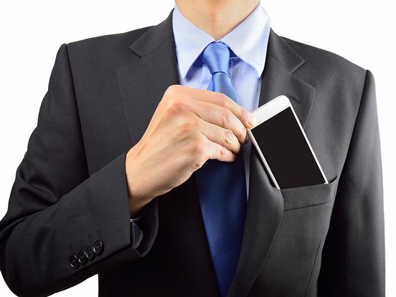 Roupa de noivo como guardar celular e carteira