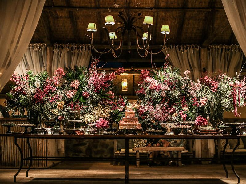 casamento na praia decoração mesa