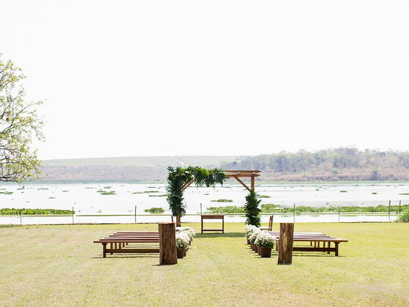 Casamento DIY decoração altar