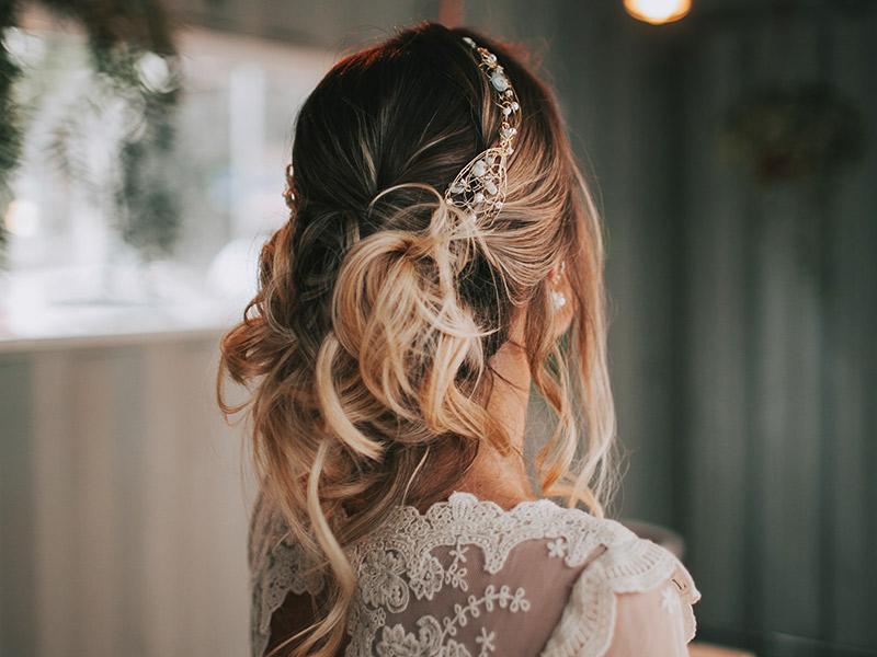 Casamento boho chic noiva penteado
