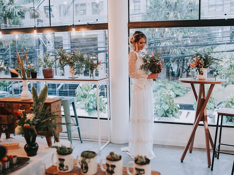Casamento boho chic nova buquê decoração
