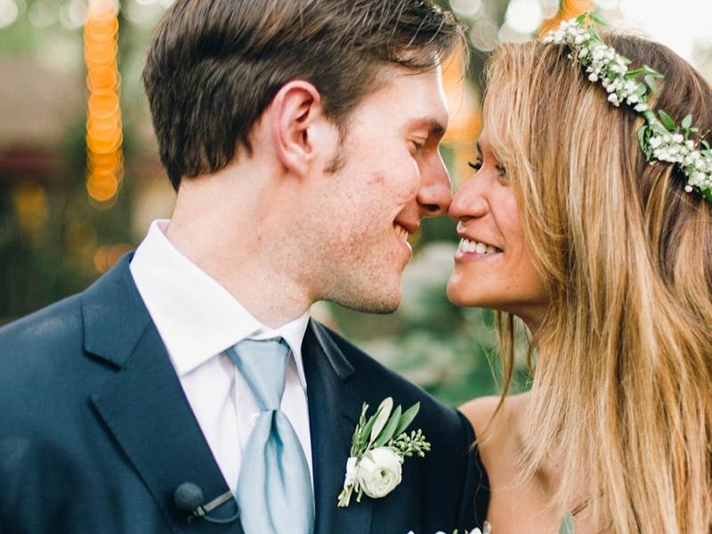 Flor de lapela como combinar com o casamento