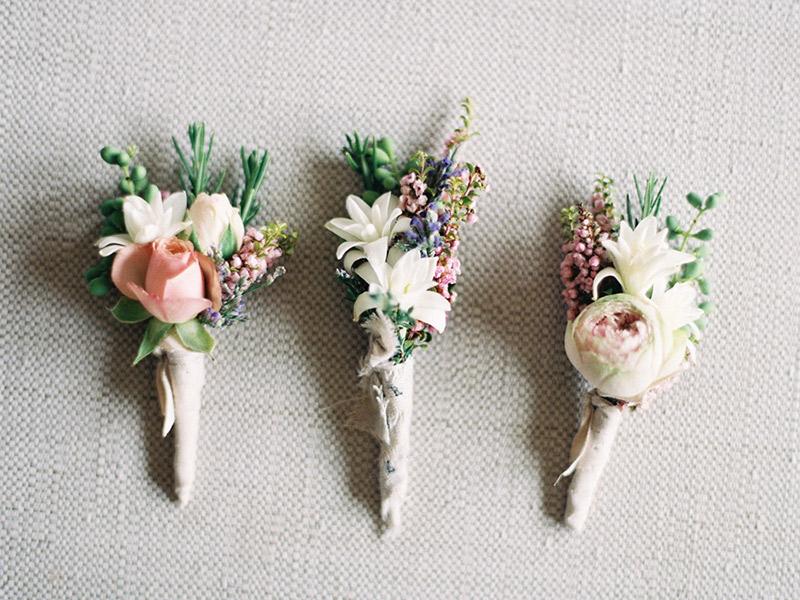 Flor de lapela três modelos diferentes de flor