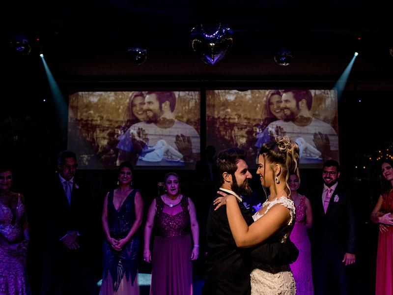 Mini Wedding primeira dança dos noivos