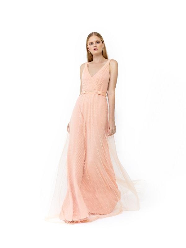 moca-com-vestido-para-casamento-tecido-leve-e-rosa