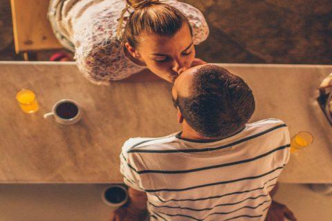 1 ano de casamento, bodas de papel: 5 dicas para comemorar com seu amor!