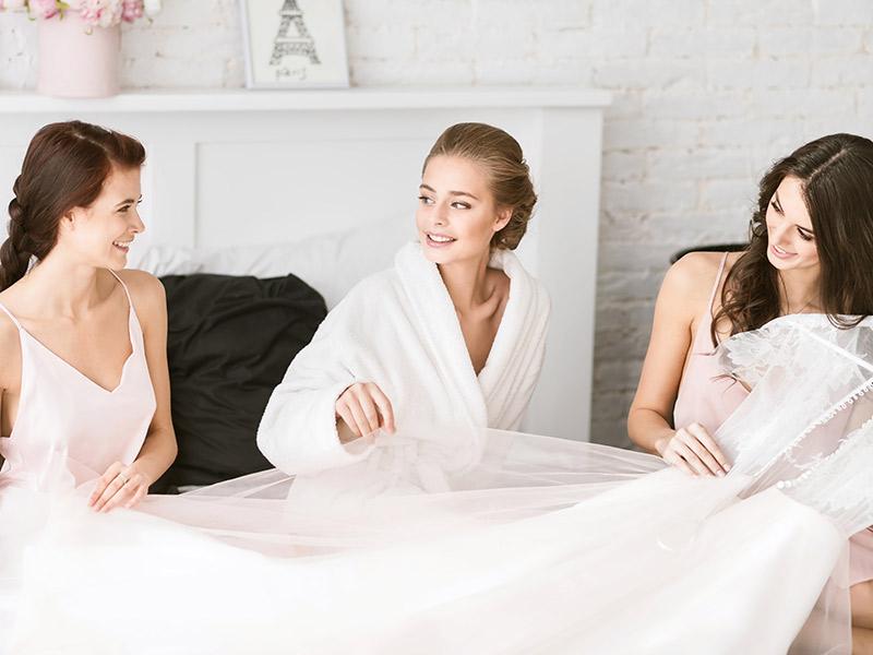 Vestido de noiva e melhor companhia para a escolha