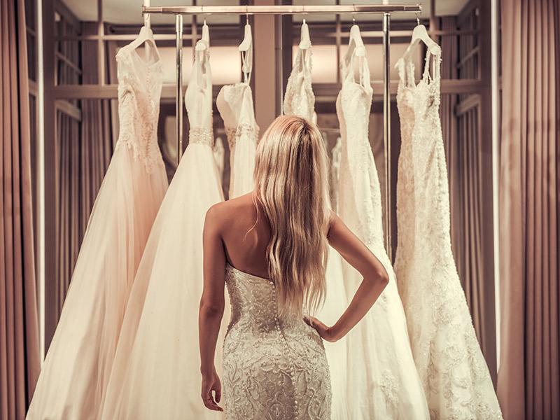 Vestido de noiva alugar ou comprar