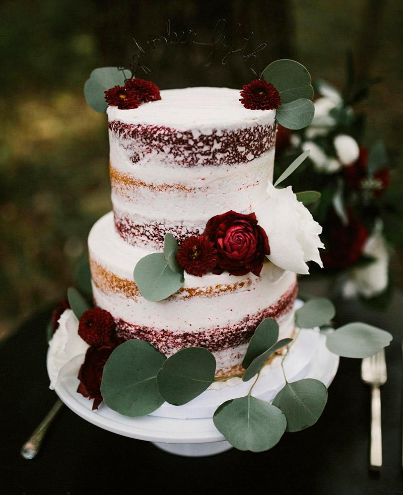 O que é importante saber sobre o bolo de noivado?