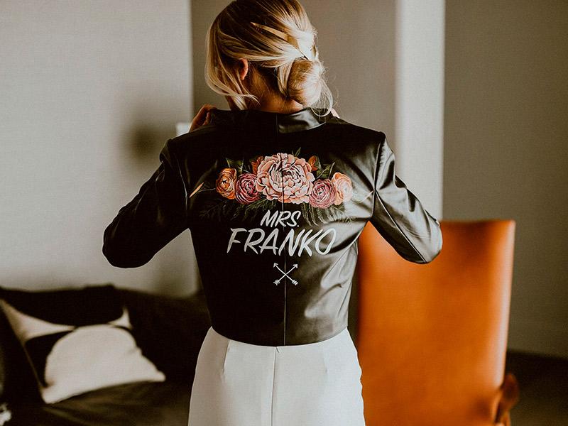 Jaquetas personalizadas para casamento acinturada na noiva