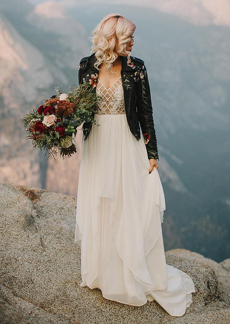 Jaquetas personalizadas para casamento com vestido solto