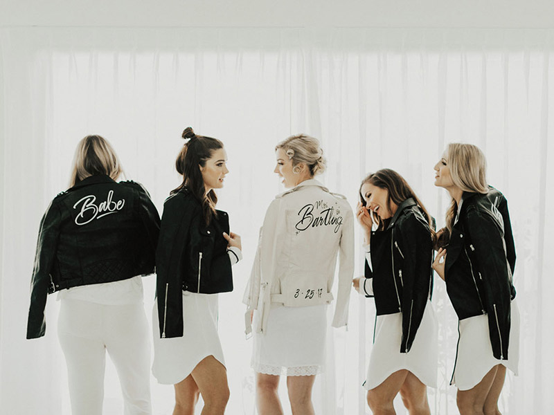8 dicas para usar jaquetas personalizadas no casamento a7582cbe363