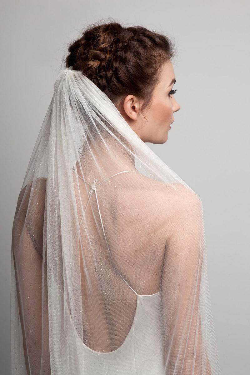 Penteado para noiva tranças com véu