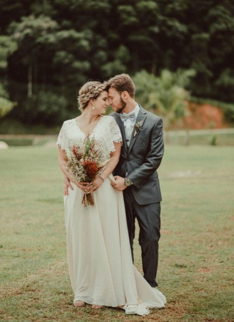 Exemplo de vestido de noiva simples