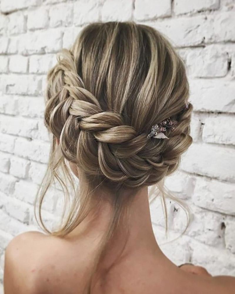 Best 25 Wedding Hairstyles Ideas On Pinterest: 25 Incríveis Penteados Para Madrinha De Casamento