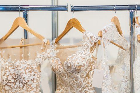 Comprado, alugado ou sob medida: quanto custa um vestido de noiva?