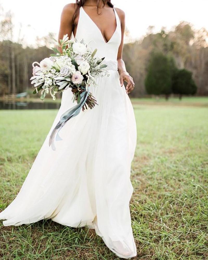 5c28907ad3c Vestido de noiva simples  20 modelos minimalistas para amar!