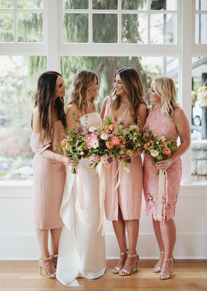 madrinhas-com-vestido-de-casmento-rosa
