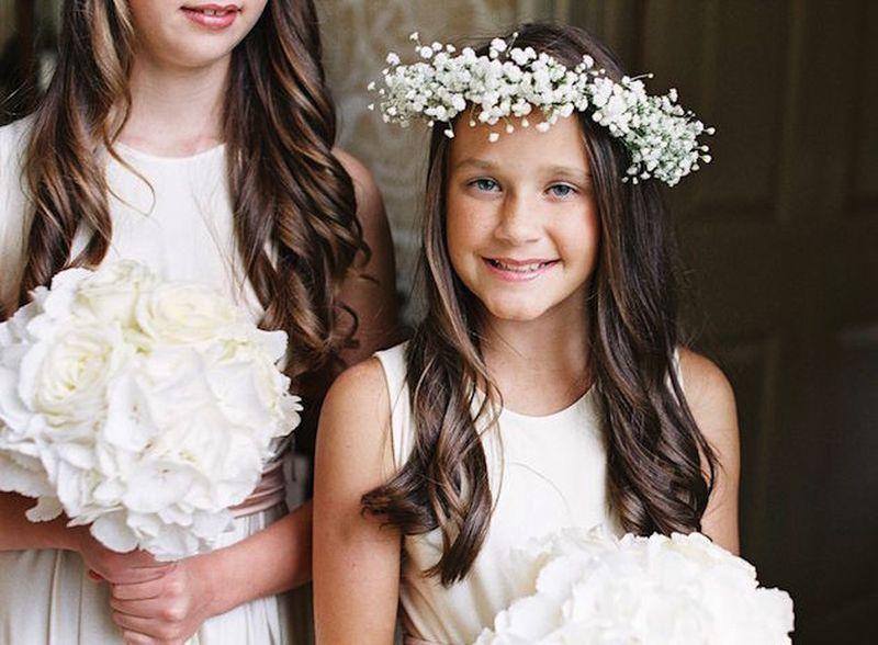 Coroa de daminha com flores