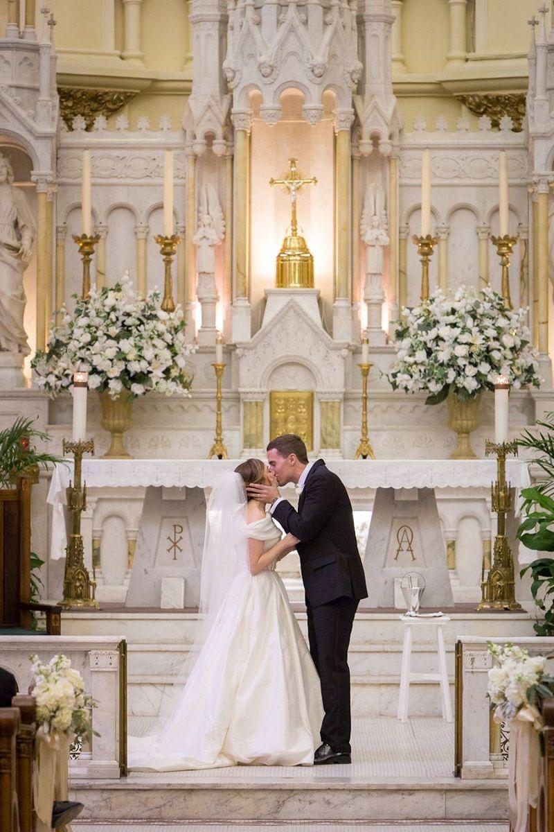 Decoraç u00e3o de igreja para casamento Inspirações e dicas