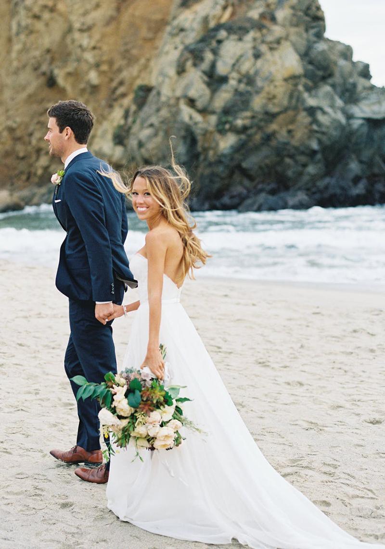 buquê de noiva para casamento na praia