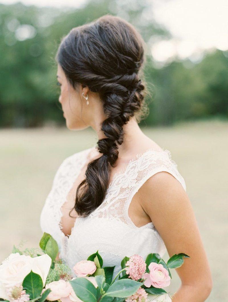 Penteados para noivas morenas